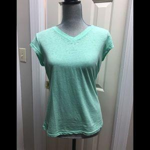 NWT Exist t shirt pretty ! Sz LG